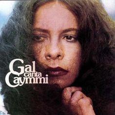 Dorival Caymmi né en 1914 et disparu récemment en 2008 est un chanteur et compositeur brésilien, considéré comme l'un des plus grands auteurs de chansons de la musique populaire brésilienne (MPB). Gal Costa, la papesse de la MPB reprend avec brio dans...