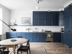Plascon House Tour: Blissful Blue in a Cosy Home - SA Decor & Design Open Plan Kitchen Inspiration, Blue Kitchen Furniture, New Kitchen, Kitchen Dining, Kitchen Countertops, Kitchen Cabinets, Wall Cabinets, Cosy Home, Functional Kitchen