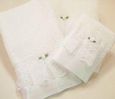 White Hostess Guest Towels Bathroom Embellished Bath Hand Wash Cloth