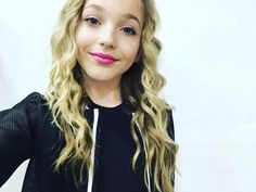 Hey guys! I'm Brynn and I absolutely love to dance! I'm a bit new so I hope someone can show me around! *smiles* I'm 13 and single. Anyone wanna hang?