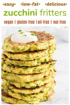 EASY HEALTHY DELICIOUS Zucchini Fritters These zucchini patties are dairy-free vegan gluten-free oil-free and nut-free Low-fat easy and quick to make allergen-friendly and a fabulous way to use all those seasonal zucchinis Vegan Appetizers, Vegan Dinner Recipes, Dairy Free Recipes, Appetizer Recipes, Whole Food Recipes, Healthy Recipes, Delicious Vegan Recipes, Raw Vegan Dinners, Vegan Recipes Easy Healthy