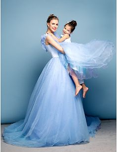 Formal Evening Dress - Sky Blue Plus Sizes / Petite Ball Gown Off-the-shoulder Chapel Train Satin / Tulle 2016 - $299.99