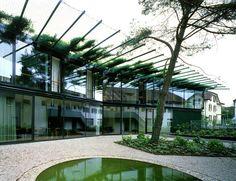 Herzog & de Meuron - Ricola marketing building