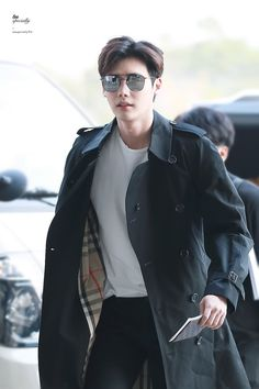 Only Lee Jong Suk — Leejongsuk at GMP airport heading to. Lee Jong Suk Cute, Lee Jung Suk, Korean Celebrities, Korean Actors, Asian Actors, Celebs, Korean Dramas, Korean Men, Asian Men