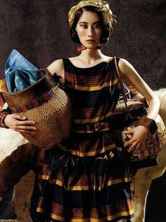 Hyun Yi Lee - Vogue Korea