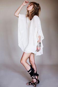perfect white t-shirt dress
