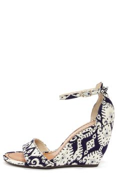 Seychelle's Thyme Navy Print Ankle Strap Wedges at LuLus.com!