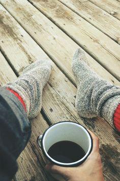 Big, cozy socks & a cup of black coffee. Coffee Break, My Coffee, Coffee Cups, Morning Coffee, Black Coffee, Coffee Talk, Fresh Coffee, Relax Cafe, Chocolate Cafe