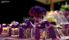http://www.lemienozze.it/operatori-matrimonio/bomboniere/bomboniere-a-roma/media/foto/1  Bomboniere penna e confetti per il matrimonio
