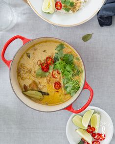 Kanarendang – se paras kanapata | Kokit ja Potit -ruokablogi Yams, Family Meals, Thai Red Curry, Food And Drink, Dinner, Ethnic Recipes, Dining, Food Dinners, Dinners