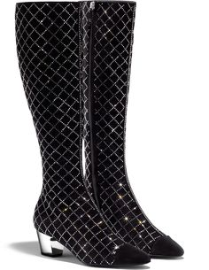 Bottes, chèvre velours & strass., noir. - CHANEL Gold Pumps, Pumps Heels, High Heels, Chanel Boots, Chanel Outfit, Fancy Shoes, Me Too Shoes, Chanel Style Jacket, Slouchy Boots