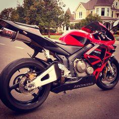 Honda CBR 600 RR Honda Sport Bikes, Yamaha Bikes, Honda Motorcycles, Motorcycle Types, Motorcycle Gear, Ducati, Honda Cycles, Motos Harley Davidson, Honda Cbr 600