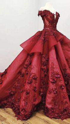 Floral Prom Dresses, Princess Prom Dresses, Quince Dresses, Cheap Prom Dresses, Pretty Dresses, Burgundy Quinceanera Dresses, Princess Party, Cool Dresses, Crazy Dresses