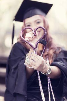 MSN graduation. RNLife. Grad photos. 2013 grad.