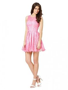Wear the dress for comfortable summer. #fashion #party #dress