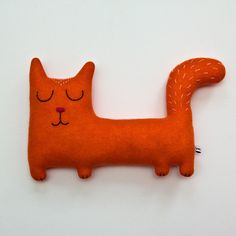 Artículos similares a Margo the Cat Lambswool Plush - Made to order en Etsy