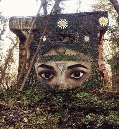 When street art meets nature...