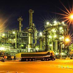 Instagram【tenpa_96.96】さんの写真をピンしています。 《. . 昨日撮影した川崎の工場夜景です。 カメラのピクチャースタイル? みたいなものも自分で設定して 撮影してみました。この写真以外に あと3枚あるのでしばらく工場の 写真が続きます。 昨日はストーリーも更新して みました。笑 . 神奈川県川崎市で撮影しました。 . . #canon #team_jp_東 #奥行き同盟 #80d #eos #instagramjapan #japan_of_insta #神奈川 #japan_night_view #広がり同盟 #team_jp_ #カメラ初心者 #カメラ男子 #yakei_luv #icu_nightlife #夜景 #風景 #東京カメラ部 #工場 #暗がり同盟 #icu_japan #カメラ好きな人と繋がりたい #カメラ撮ってる人と繋がりたい #写真好きな人と繋がりたい #写真撮ってる人と繋がりたい #tokyocameraclub #ig_japan #ファインダー越しの私の世界 #jp_gallery #longexposure_japan》