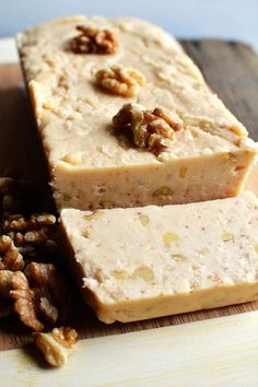 maple walnut fudge - oh my! Great gift giving for the Holidays