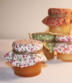Vintage Style Honey Filled Wedding Favours. we can make these