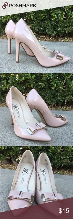 Kardashian Pump Preloved / Size 6 / Light Pink / No original box Kardashian Kollection Shoes Heels