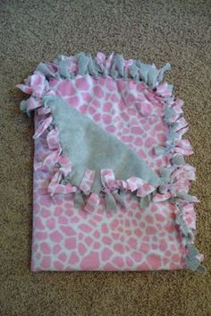 DIY Fleece Tie Blanket