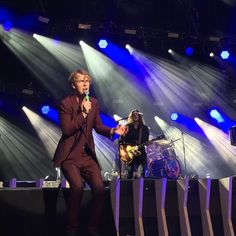 Photo story about gigs of the British signer Tom Odell in Switzerland by Photo Books App, Tom Odell, Photo Story, Real People, Switzerland, Toms, British, Singer, Concert
