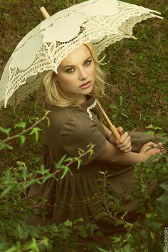 Editorial de moda para Silvia Soler boutique fotografiada por Christele Jacquemin
