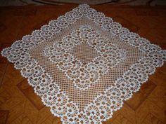 Thread crochet magazines to re Crochet Table Mat, Crochet Tablecloth Pattern, Crochet Motif Patterns, Baby Knitting Patterns, Crochet Doilies, Thread Crochet, Filet Crochet, Crochet Necklace Pattern, Crochet Videos