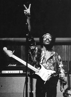 Listen to music from Jimi Hendrix like All Along the Watchtower, Purple Haze & more. Find the latest tracks, albums, and images from Jimi Hendrix. Jimi Hendrix Experience, Rock And Roll, Music Icon, My Music, Hippie Music, Jimi Hendricks, Historia Do Rock, Musica Country, Christopher Hitchens