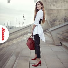 Looking for outfit inspiration for red hot heels? Try an oversized shirt, faux-leather leggings and a matching bag. Hot Heels, Faux Leather Leggings, Oversized Shirt, Personal Stylist, Stylists, Coat, Red, Jackets, Bags