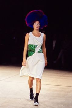 Kate Moss - Comme des Garçons Spring 1996 Ready-to-Wear Collection Photos - Vogue