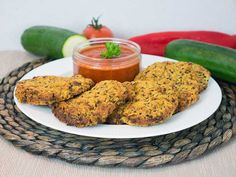 If you always had quinoa on the side then you should try my healthy vegan quinoa zucchini patties as a main. They are super easy to make (especially when you have leftover potatoes), don't take long and are perfect as a main for two or as sharers. The smokey red pepper dip is a perfect alternative to ketchup, healthier and absolutely delicious.