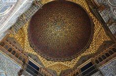 7.- Sala de los Embajadores en el Alcázar de Sevilla, España.