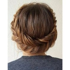 54 Trendiest Updos for Medium Length Hair ❤ liked on Polyvore featuring hair