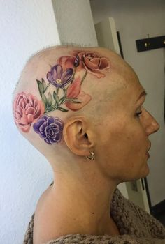 dd3b8378aa701 Woman with alopecia gets a tattoo covering head to help her embrace being  bald