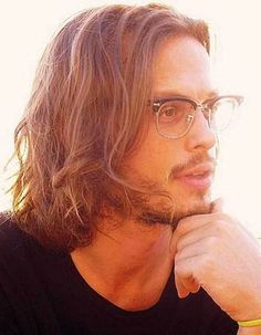Doctor Spencer Reid Criminal Minds-love this when guys wear their hair long with a beard! Spencer Reid Criminal Minds, Criminal Minds Cast, Long Hair Cuts, Long Hair Styles, Samurai, Johnny Depp Fans, Broadchurch, Long Layered Haircuts, Dwayne The Rock