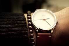 Miró watch with creme dial and tan strap