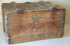 Wood Beer Crate/Box Antique Star Model Beer Peru Illinois Star Model Brewery
