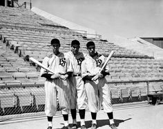 Joe DiMaggio (far right) - San Francisco Seals Major League Baseball Teams, American Games, Joe Dimaggio, American League, National League, Pacific Coast, Back In The Day, New York Yankees