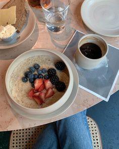 Eat Breakfast, Breakfast Recipes, Good Food, Yummy Food, Nutritious Meals, Delish, Vegan Recipes, Food And Drink, Healthy Eating