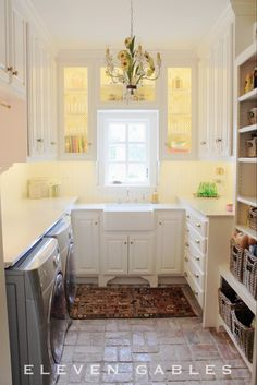 Same layout as our pantry Some good ideas here Eleven Gables: Eleven Gables Butler's Pantry