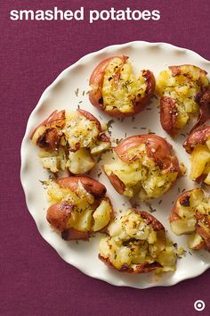 Ditch the mash and get with the smash. This smashed potato side recipe at your Thanksgiving table is guaranteed to be a smash hit!