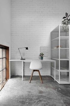 Here we showcase a a collection of perfectly minimal interior design examples for you to use as inspiration.Check out the previous post in the series: 30 Examples Of Minimal Interior Design Interior Design Examples, Interior Work, Interior Architecture, Interior And Exterior, Workspace Inspiration, Decoration Inspiration, Interior Inspiration, White Brick Walls, Home Office Decor