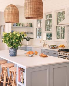 Gal Meets Glam Our Kitchen Organization featuring a selection of Julia and Thomas's top tips and products for keeping your kitchen organized, including drawer organizers, storage solutions, and more. #kitchendiy #kitchenorganise