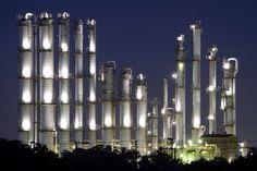 Distillation Tower Chemical Plant, New York Skyline, Tower, Plants, Travel, Rook, Viajes, Computer Case, Destinations