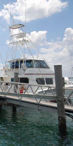 Singer Island is a boating enthusiast oasis! #singerisland #singerislandcondos #singerislandrealestate #sofla #florida http://www.waterfront-properties.com/singerislandcondos.php