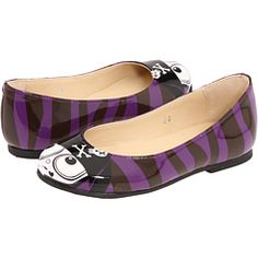 I think these have to be the cutest thing I have ever seen! Marc Jacobs for girls. @Candice Luts