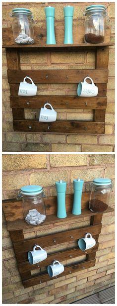 Reclaimed wood pallet mug rack