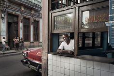 Havana Taxi Company – Markku Lahdesmaki